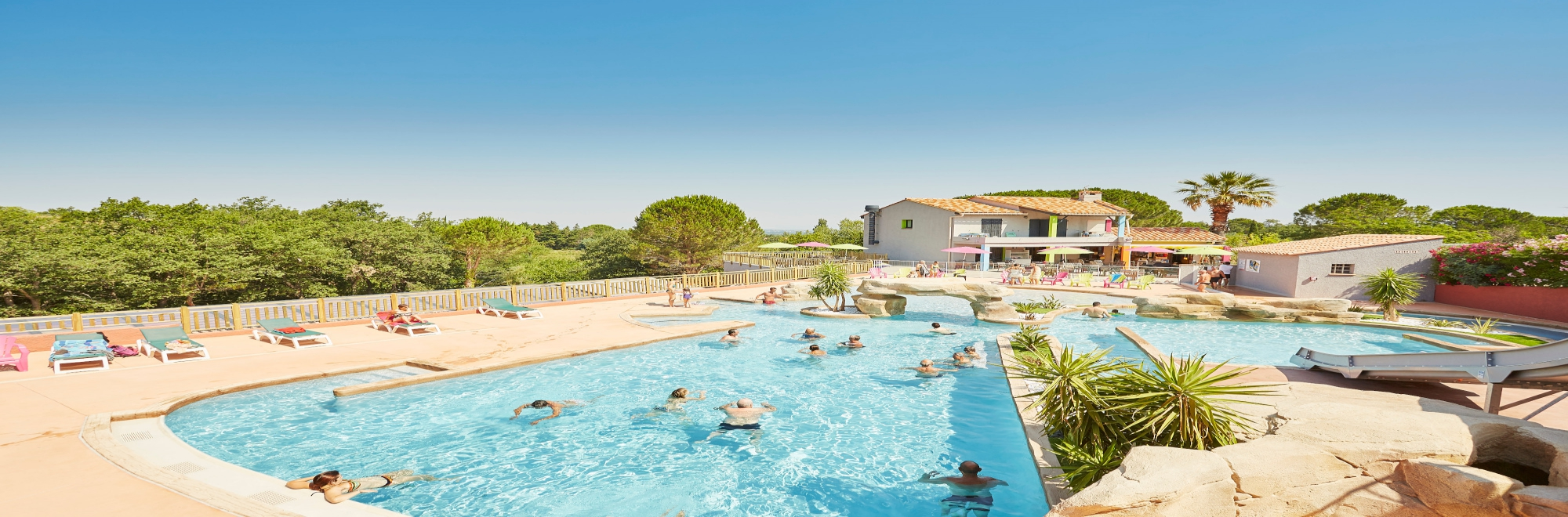 CAMPING-LES-ALBERES---piscine-©A